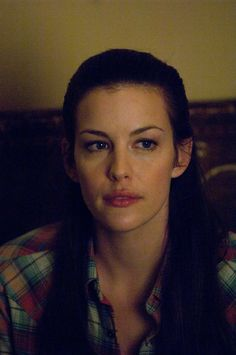 Queen Islanzadí - Liv Tyler.Yes. Although she probably doesn t want to do ANOTHER Elf role