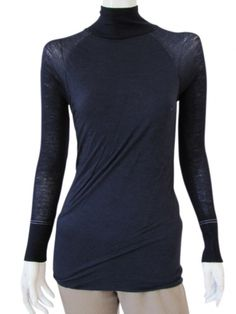 Designer: Delphine Wilson  Item: T-Shirt M/L  Composition: 80% Wool 20% Nylon  Made in Italy