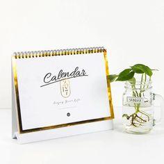 Neue Mode Tischkalender Freies Kundenspezifisches Design Und Logo Auf Kalender Kalender