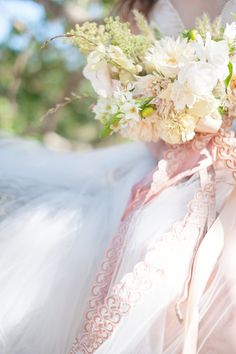 Romantic Bridal Fashion Shoot in California - Utterly Engaged