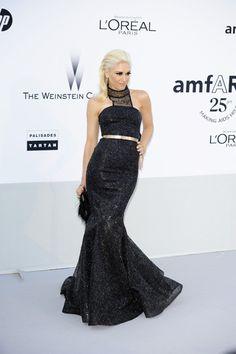 Gwen Stefani glams it up in Cannes