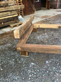 Holzbett rustikal  Bett Doppelbett Balken Bett Kiefer Fichte massiv Altholz gewachst ...