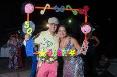 Cumpleaños de José Luis con temática de salsa de los años 50. #FotografosDeEventosCali Mom Birthday, Make Your Mark, Salsa, Ideas, Carnival Parties, Frames, Home, Pictures, Salsa Music