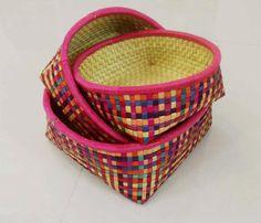 Fruit basket in multicolour