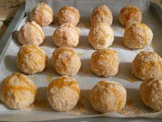 Il riso viene cotto a parte e poi impastato con uova, parmigiano, pecorino, prezzemolo ed un pizzico di sale. Le palline vengono modellate racchiudendo all'interno un cuore di prosciutto cotto e mozzarella. Impanatura semplice nell'uovo e nel pangrattato e cottura in forno per 15-20 minuti circa a 180°