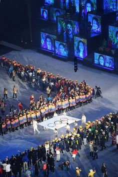 #RIO2016 The Olympic flag is carried before being raised during the opening ceremony of the Rio 2016 Olympic Games at the Maracana stadium in Rio de Janeiro...