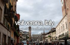Great place to eat and buy pasta!