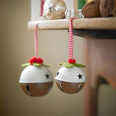 Pudding Baubles CHRiSTMaS ORNaMeNTS