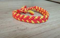 Csomózott karkötő 800 Ft, sárga-piros fonalból #2 Knotted bracelet, bracelet, handmade Friendship Bracelets, Jewelry, Jewlery, Jewerly, Schmuck, Jewels, Jewelery, Fine Jewelry, Friend Bracelets