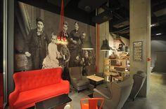 Nasza kawiarnia #Gdynia #tcfgdynia #coffee #cafe #design #couch #red