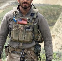 Marine Special Forces, Indian Army Special Forces, Special Forces Gear, Tactical Wall, Tactical Armor, Military Gear, Military Police, Army Vest, Airsoft Gear