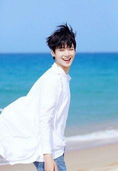 차은우 from 아스트로 [cha eun woo from ASTRO] Astro Eunwoo, Cha Eunwoo Astro, K Pop, Pop Bands, Park Jin Woo, Jinjin Astro, Kim Myungsoo, Astro Wallpaper, Lee Dong Min