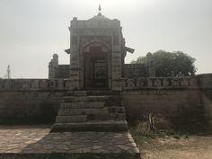 A beautiful 16th century Tomb- an archaeological site at Jhajjar, Haryana!