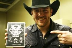 Those dimples ♥ Chris Young Concert, Chris Young Music, Young Country Singers, Country Music, Alan Young, Kane Brown, Love To Meet, Dream Guy, Young And Beautiful
