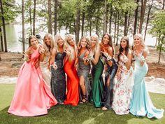 Cute Prom Dresses, Dance Dresses, Pretty Dresses, Homecoming Dresses, Wedding Dresses, Homecoming Poses, Homecoming Queen, Bridesmaid Dresses, Formal Dresses
