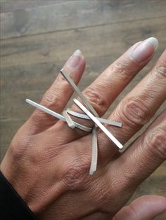 Sculptural Ring - contemporary jewellery design // Linnie Mclarty