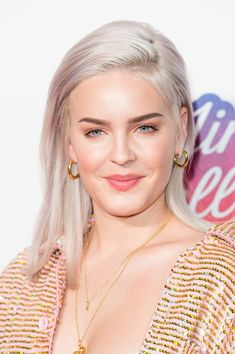 Anne Marie Photos - Anne-Marie attends the Capital FM Jingle Bell Ball with Coca-Cola at The Arena on December 2017 in London, England. - Capital's Jingle Bell Ball With Coca-Cola - Day 1 Celebrity Singers, Female Singers, Celebrity Crush, Celebrity Style, Hollywood Celebrities, Hollywood Actresses, Anne Marie Album, Anne Maria, Singer Songwriter