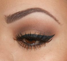 Pretty And Natural MakeUp Ideas For Brown Eyes 61