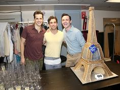 Backstage, Robert Fairchild, Brandon Uranowitz and Max Von Essen pose next to a delicious Eiffel Tower cake. An American In Paris, Backstage, Theatre, Musicals, Broadway, It Cast, Poses, Celebrities, Cake