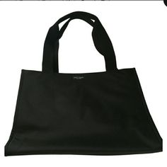 ☆price drop☆ Kate Spade Classic Nylon Tote Gorgeous tote. Excellent condition. Authentic. No stains or sign of wear. Additional pictures available upon request! kate spade Bags Totes