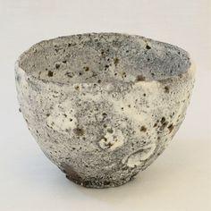 藁灰釉茶碗/舟 Straw Ashes Glaze Chawan / Vessel - Ryusuke Asai