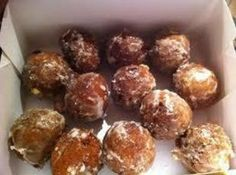 This recipe for McKenzie's Buttermilk Donuts is from Tastee Bakery who bought out some of their recipes. They are just a simple buttermilk donut ball. Very delicious! Buttermilk Donut Recipe, Buttermilk Recipes, Drop Recipe, Bakery Recipes, Donut Recipes, Cooking Recipes, Cooking 101, Waffle Recipes, Kitchens