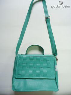 Bolsa Doc em couro sintético verde