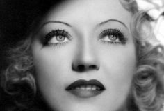 Marion Davies. Lighting and makeup were better in the 30s.