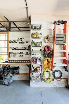 Easy Garage Storage, Garage Organization Tips, Garage Storage Solutions, Shed Storage, Diy Storage, Tool Storage, Life Organization, Organizing Ideas, Storage Ideas