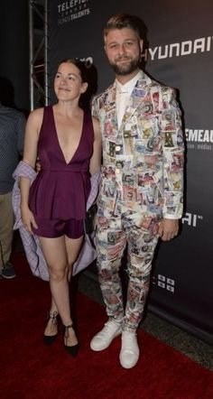Pierre Lapointe et son complet signé Vivienne Westwood démontre encore une fois son audace. Rien d'ennuyeux! Crédit photo: JOËL LEMAY/AGENCE QMI Vivienne Westwood, Hollywood, Lgbt, Red Carpet, Jumpsuit, Pants, Dresses, Fashion, Overalls