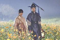 """""""The Tale Of Nokdu"""" Drops Beautiful Photos Of Couple Moments Between Kim So Hyun And Jang Dong Yoon Best Historical Dramas, Kdrama, Back Hug, Tae Oh, Couple Moments, Poem A Day, Love K, Scene Image, Just Dance"""
