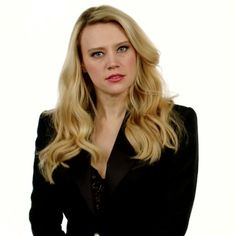 Snl Saturday Night Live, Kate Mckinnon, Gal Pal, Give It To Me, Photoshoot, Long Hair Styles, Lady, Crushes, Beauty