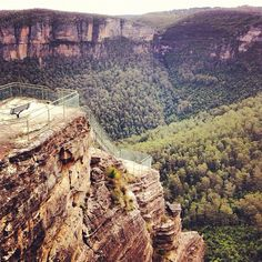 Amazing view from Pulpit Rock Lookout in the Blue Mountains, #NSW #Australia