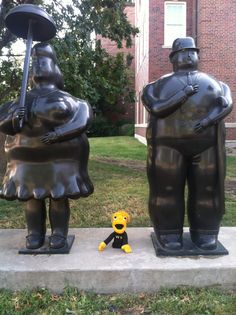 We Wu hanging out with his two favorite statue pals.