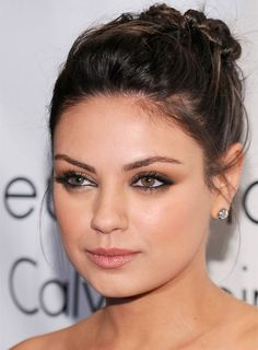 23 + Ideen Hochzeit Make-up Hazel Brautjungfern Smokey Eye - Wedding Makeup Bohemian Mila Kunis Ojos, Maquiagem Mila Kunis, Mila Kunis Makeup, Wedding Makeup For Brown Eyes, Wedding Hair And Makeup, Bridal Makeup, Hair Makeup, Makeup Box, Subtle Smokey Eye