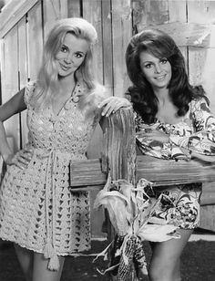 Gunilla Hutton and Diana Scott, HEE HAW