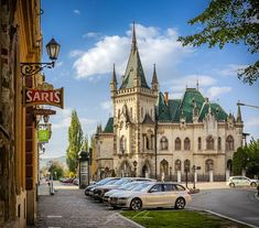 Jakab's palace, Kosice, Slovakia - Jakabov palác, Košice, Slovensko Big Country, Barcelona Cathedral, The Good Place, Palace, Traditional, Mansions, Architecture, House Styles, City