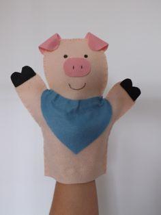 Kit Fantoche Os 3 Porquinhos Felt Puppets, Puppets For Kids, Felt Finger Puppets, Hand Puppets, Diy Crafts For Gifts, Diy Arts And Crafts, Felt Crafts, Crafts For Kids, Felt Patterns