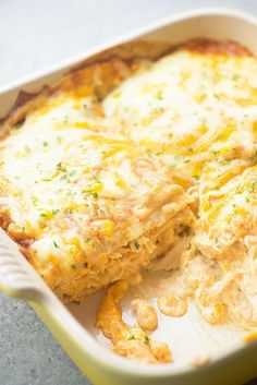 This chicken enchilada pie tastes like my favorite cream cheese chicken enchiladas, without all of the work! So easy and family friendly.