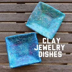 Picture of Damask Polymer Clay Jewelry Dishes! Sculpey Clay, Polymer Clay Projects, Polymer Clay Beads, Diy Clay, Vases, Baking Clay, Clay Bowl, Jewelry Dish, Jewellery