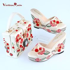 4de58e1d55f0 Black White Flower Wedge Shoes Matching Bag for Party