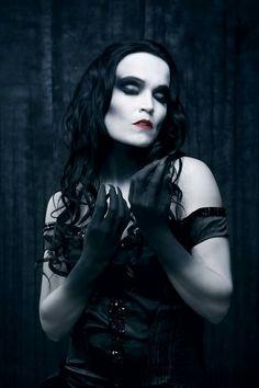 Tarja - from Spirits and Ghosts (Score for a dark Christmas) - November 2017 Hulk Sketch, Heavy Metal Girl, Lita Ford, Rock Queen, Dark Christmas, Goth Beauty, Goth Women, Iron Maiden, Music Love