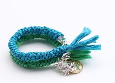 Dollar Store Crafts: Tutorial Raffia Look Bracelets from Poly Rope