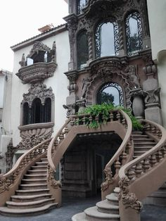 Arquitectura neocolonial en Polanco – Decor is art Brick Architecture, Victorian Architecture, Beautiful Architecture, Beautiful Buildings, Architecture Details, Brick Cladding, Brick Facade, Brickwork, Brick Projects