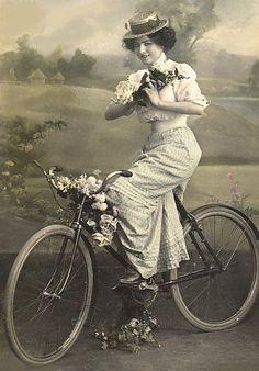 1910 Postcard | Vintage Photography