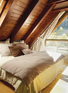 12 Special Bonus Area Concepts for Your House A Frame Cabin, A Frame House, Ideas Cabaña, Attic Spaces, Design Case, House In The Woods, Architecture, Interior Design Living Room, House Plans