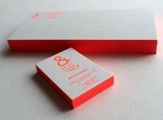 Print : Badcass - Design : Aurore Lemaitre - Carte de visite en letterpress - #débossagepur #pantone #fluo