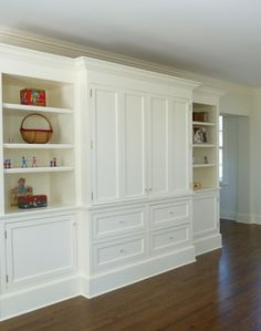 Love the ability to hide the TV behind closed doors |Traditional Home Media Unit