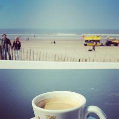 Über den Kaffeetassenrand sehen  Life is good