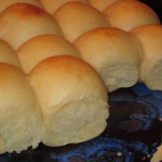 """These rolls are relatively easy to make with no bread machine required. They are the manual method of the """"Just THAT Good"""" Soft and Buttery Yeast Rolls. They never fail to make huge, tall, soft, fluffy and buttery rolls. Easy Yeast Rolls, Easy Rolls, Dinner Rolls Easy, Simple Yeast Roll Recipe, Easy Hot Roll Recipe, School Yeast Rolls Recipe, Recipe For Dinner Rolls, Best Rolls Recipe, Fluffy Yeast Rolls Recipe"""